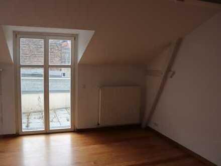 *Dachgeschoss*2-Zimmerwohnung*Terrasse*Potsdam*