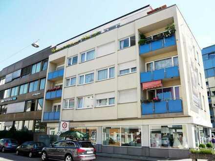 Praktisch aufgeteilte und WG-taugliche 4-Zi.-Wohnung mit 2 Balkons, in der Ulmer Innenstadt