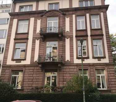Möblierte und sehr elegante 3 Zimmer Wohnung im Westend zu vermieten
