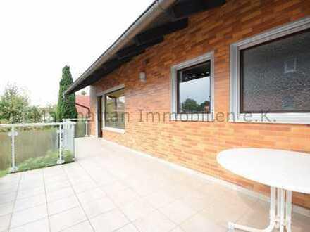 3 Zimmerwohnung mit großer Dachterrasse in guter Verkehrslage in Okriftel | 5 Minuten bis zum Main