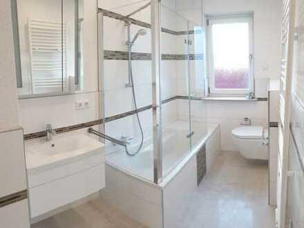 Erstbezug nach Sanierung: ansprechende 3-Zimmer-Wohnung mit EBK und Balkon in 76744, Wörth am Rhein