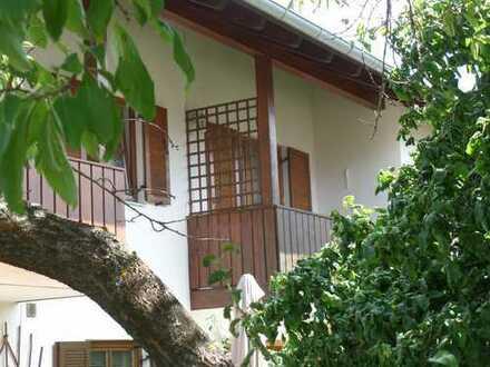 Ihr neues Zuhause, gemütliche 3-ZKB-Wohnung mit Garage und Gartennutzung - Sofort verfügbar!!