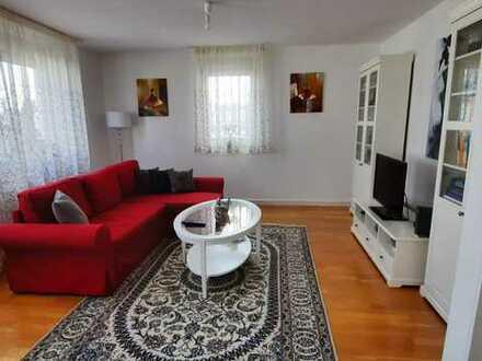 Wunderschöne 2- Zimmer Wohnung mit Balkon u. Einbauküche in Winberg zu vermieten