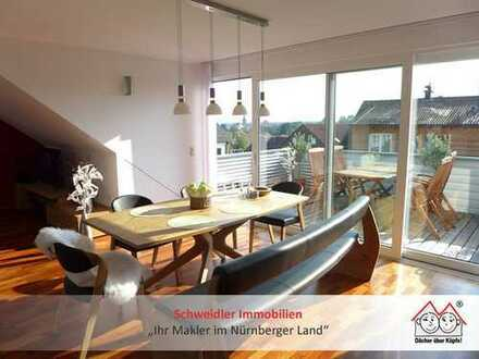 """Traumwohnung """"Haus in Haus""""!! 4,5-Zimmer-Maisonette-Wohnung mit EBK & Gartenanteil in Schnaittach"""