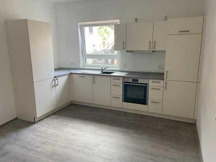 Erstbezug nach Sanierung: freundliche 2-Zimmer-EG-Wohnung mit EBK in Bischheim