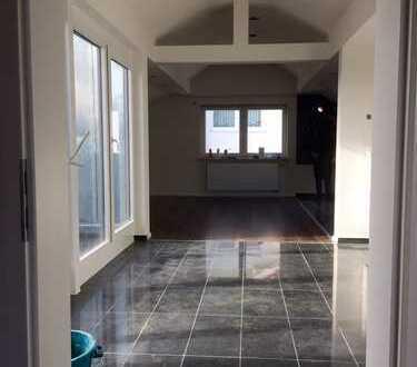 950 €, 88 m², 2 Zimmer