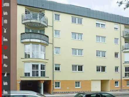 Kapitalanleger oder spätere Eigennutzung: Gepflegte und vermietete 3-Zimmer-Wohnung mit Duplexparker