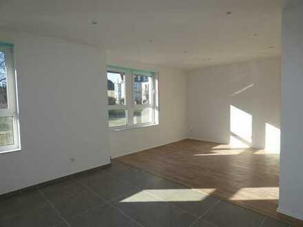 73 qm Wohnung zu vermieten, frisch renoviert, provisionsfrei