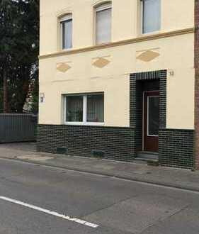 Einfamilienhaus mit Werkstatt/Halle/Lager in 1A Lage Köln