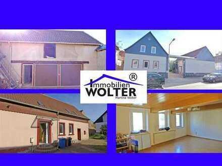 *** Wohnhaus mit ca. 100 m² Wohnfläche + Räume im Nebengebäude + Garage ***