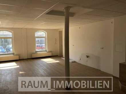 """Helle und geräumige 2 Zimmer-Wohnung am """"Paradies"""" - Erstbezug nach Sanierung"""