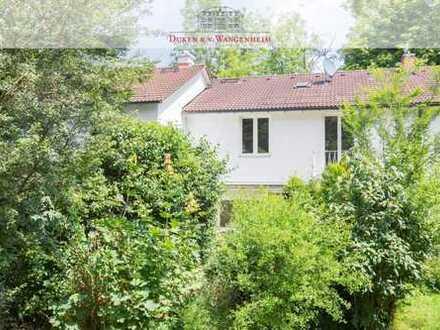 Ensemblehaus mit Potential. Sonniges Grundstück im Herzogpark.