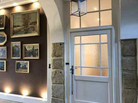 Außergewöhnliche 4-Zimmer-Wohnung im historischen Gebäude mit Flair in Lichtenfels zu vermieten