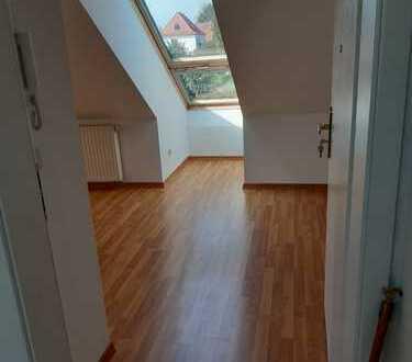 wohnen in Radeburg//3-Raum-Wohnung im Dachgeschoss mit Hofnutzung