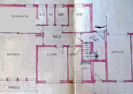4-Zi.-EG-Wohnung - KM 780 € - oder kompl. renoviert KM 920 €