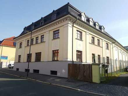 360° Rundgang verfügbar! groß+günstig! 2-Zi-DG-PäRchEN-Wohnung- zentral in Sonneberg! sofort frei!