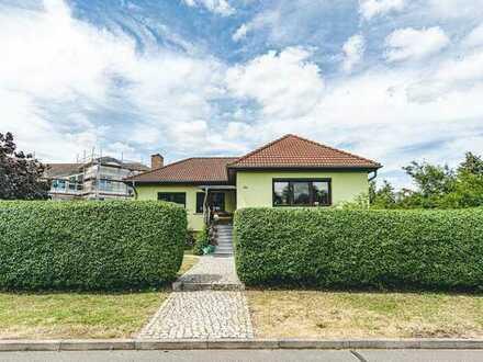 Heinze-Immobilien(IVD): Gepflegtes Einfamilienhaus gegenüber Fontanepark Letschin