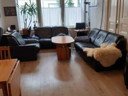 Große 2er-WG mit Wohnzimmer und Terrasse in Berlin-Moabit