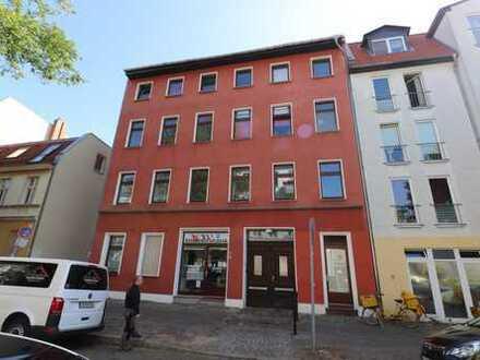 Familienfreundliche 5-Zimmer-Wohnung mit viel Platz im schönen Adlershof! Ab sofort!