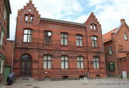Imposantes Denkmal im Zentrum von Grabow - Kanzlei, Büro oder Praxis
