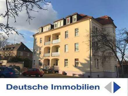 Großzügige 5 Zimmer Etagenwohnung! 2 Balkone,2 Bäder, Wanne + Dusche, PKW Stellplatz!