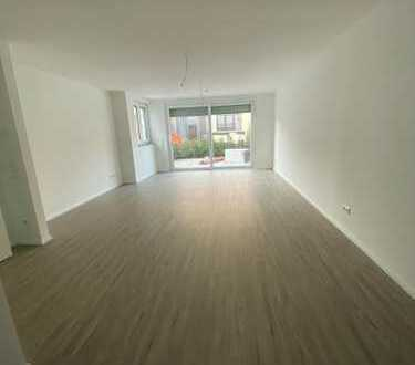 Einfamilienhaus mit Untergeschoss- Lichthof / KL. Garten -Terrasse 4 Zi