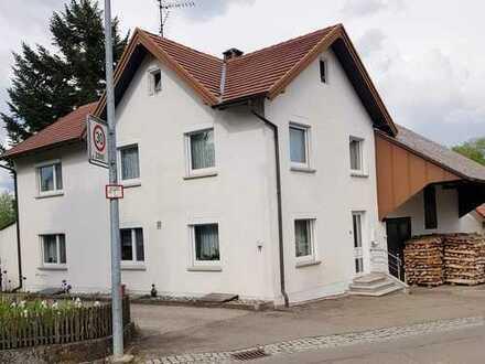 Schönes Haus mit sechs Zimmern in Schwendi