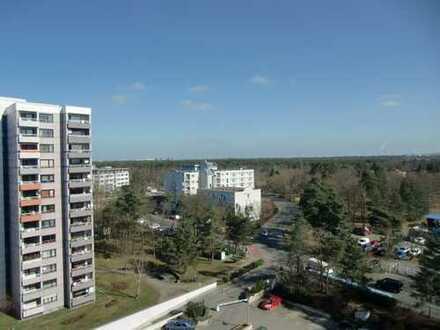 Helle 3-Zimmer-Wohnung hoch über den Dächern von Griesheim mit Balkon & 2 Tiefgaragenparkplätzen