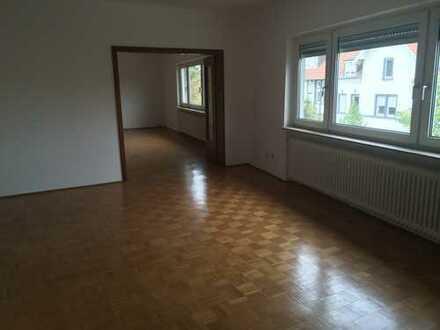 Gepflegte 3-Zimmer-Wohnung mit Balkon in zentraler Lage in Hattersheim