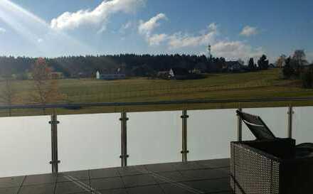 Neuwertige 3-Zimmer-DG-Wohnung mit großer Terrasse und Einbauküche in Schramberg-Sulgen