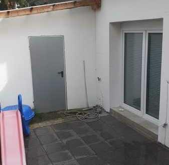Attraktives und modernisiertes 3-Zimmer-Reihenhaus zur Miete in Gartenstadt, Mannheim