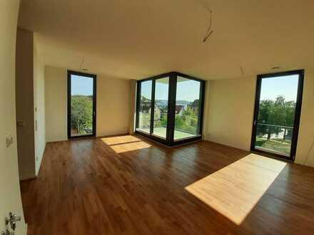 Erstbezug mit Einbauküche und Balkon: schöne 3-Zimmer-Wohnung in Herrenberg zentraler Lage / Bahnhof