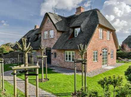 Reethaushälfte mit Einzelhauscharakter in Kampen