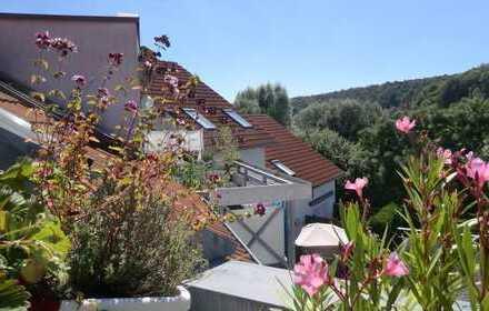 WOHNEN mit Blick über die Dächer des Erbisbergs! 4-Zimmerwohnung in Mergelstetten