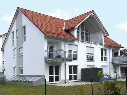 Großzügige Dachgeschosswohnung in Seenähe