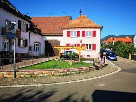 Renoviertes EFH mit Garten in ruhiger Ortsrandlage von Diedesfeld!
