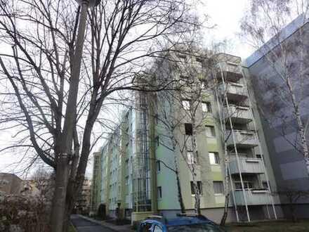 Südvorstadt! - Schöne 4-Zimmer-Wohnung mit Südbalkon und Lift!