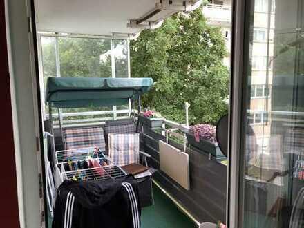 Frisch renovierte 3-Zimmer-Wohnung mit Balkon in Steinbach Taunus
