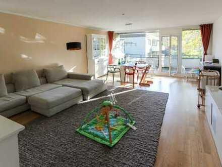 Familienfreundliche 4-Zi.-Whg. mit Einbauküche & Parkett & Balkon