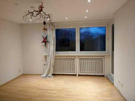 Gepflegte 3,5-Zimmer-Wohnung mit Balkon und EBK in Horn-Lehe