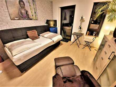 1-Zi.-Apartment *Frisch renoviert - *neu möbliert - *interessiert??