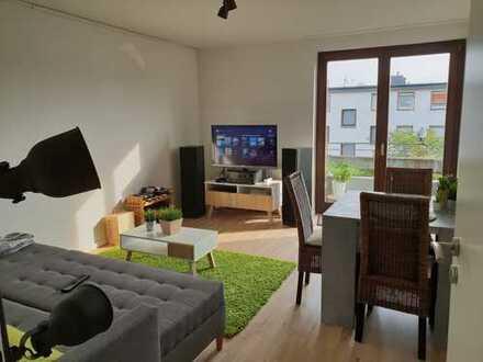 Provisionsfrei - Frisch sanierte 3 Zimmerwohnung inkl. Möblierung