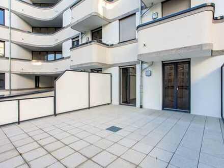 Terrassenwohnung ab sofort: Duschbad   Einbauküche   modernes Design   Parkett