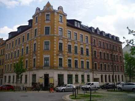 4 Raum-EG Wohnung 76 m² Laminat,Balkon,Bad mit Wanne