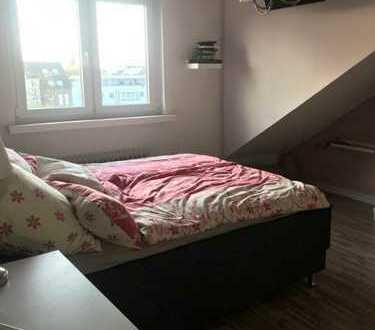 Zimmer in liebevoll eingerichteter WG :)