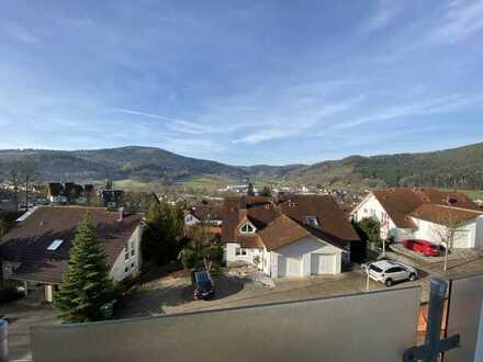 Traumausblick - Maisonette-Wohnung mit drei Zimmern, Dachterasse und Einbauküche in Seelbach