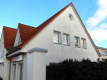 Dr. Lehner Immobilien NB -  Schmucke Eigentumswohnung in Wassernähe
