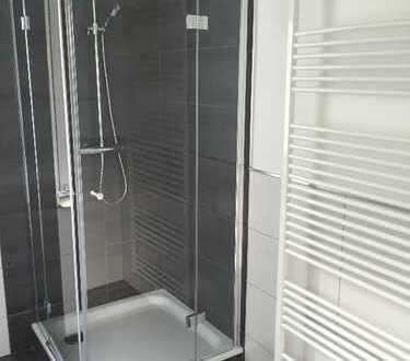 Sehr schöne, komplett modernisierte Wohnung I 560 €, 70 m², 3 Zimmer