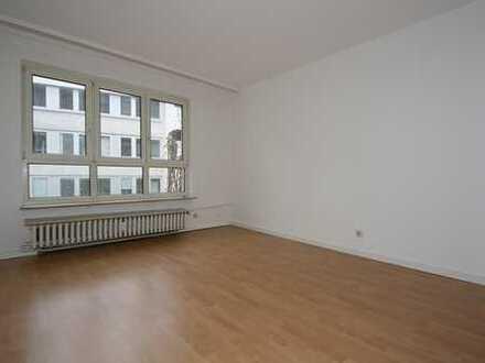 myHome-Immobilien / TOP 1 Zi-Wohnung direkt bei der Zeil + kleiner Einbauküche. PERFEKT für PENDLER