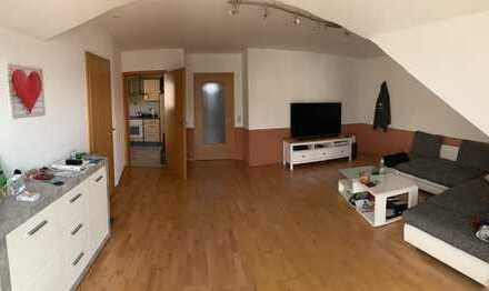 590 €, 82 m², 4 Room(s)